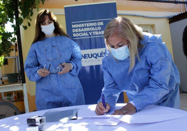 Firma de convenio de colaboración y prestación gerontológica integral